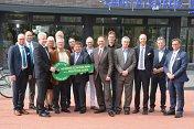 In Anwesenheit von mehr als 150 Gästen konnte Investor und Bauherr Harald Janßen nun nach nur 15-monatiger Bauzeit am 07.04.2017 das Gesundheitszentrum an die neuen Mieter übergeben.